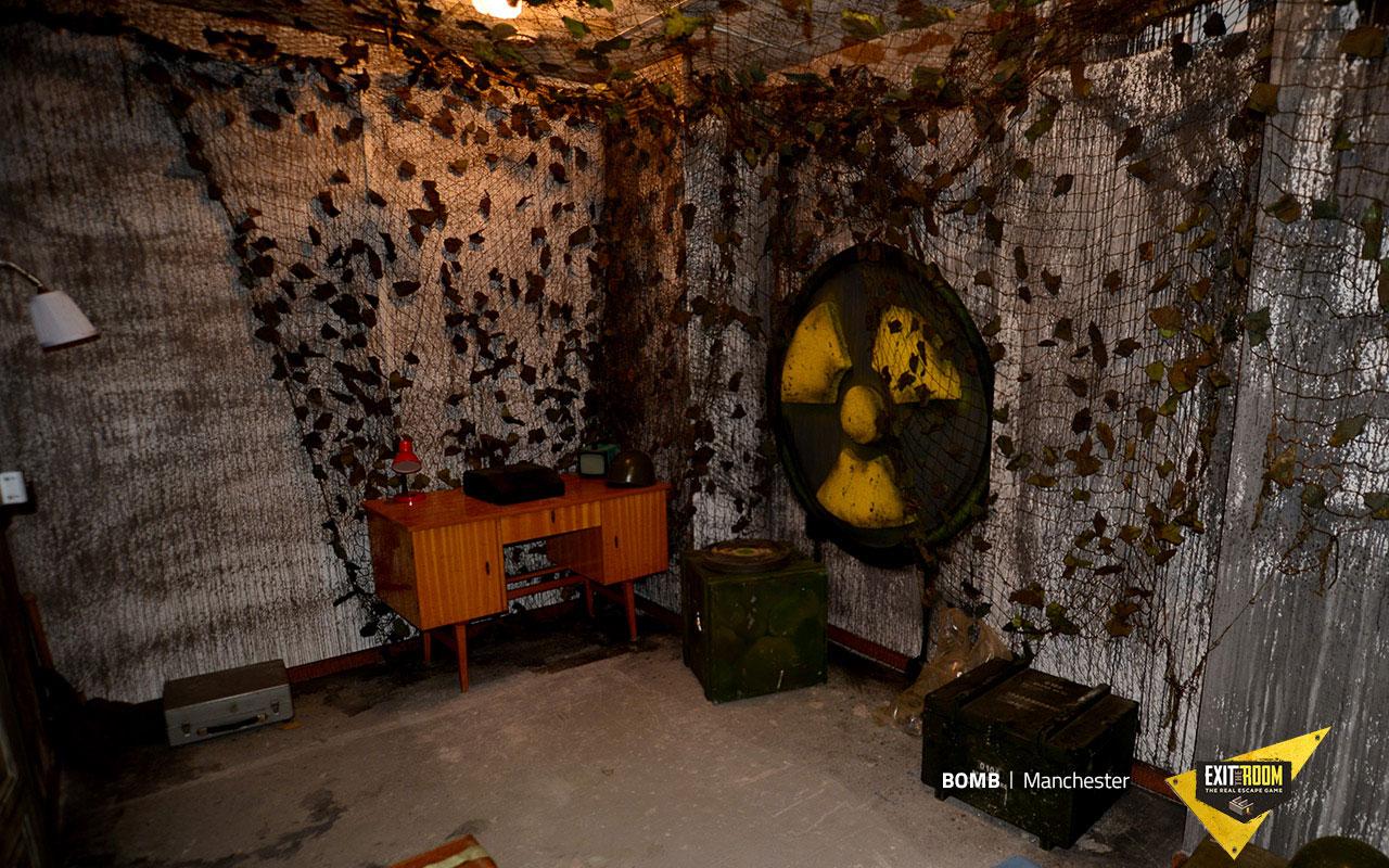 Bomb Exit The Room